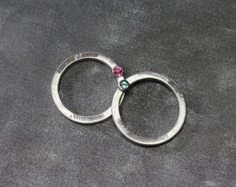 Simple Blue Zircon or Pink Tourmaline Silver Band Minimalistic Side Set Flush or Upside Down Hidden Bezel Gemstone Ring Gift - Entweder Oder