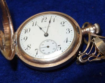 Pretty Elgin 3/0 Size 7 Jewels Hunting Case Pocket Watch-With Pin Back