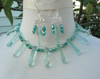 """Ocean Green Dazzler, Glass """"Spikes,"""" Crystal Beads, Rhinestone Clasp, Great Earrings, Bold Choker Necklace Set by SandraDesigns"""