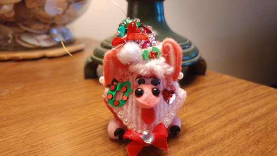 2 - Pig Squeeze My Cheeks Kissing Plastic Canvas Christmas Ornaments
