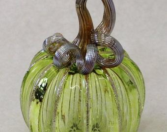Hand Blown Glass Art Sculpture  Pumpkin Oneil 7358 lime