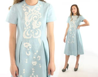 1960s Embroidered Dress Short Sleeves Light Blue Linen White Vintage 60s Small S Harmay St. Amour Knee Length Pleated Skirt