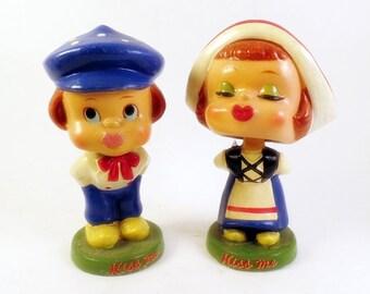Kiss Me Japan Bobble Head Dutch Couple Dolls DEE CEE  Bobblehead Nodder
