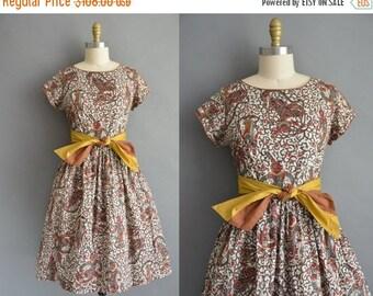 20% OFF SHOP SALE... 50s rare tibetan novelty print vintage cotton dress / vintage 1950s dress