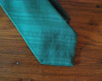 Lanvin of Paris Green 1960s tie kelly green