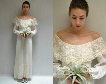 70s Boho Wedding Dress  //  Off the Shoulder Dress  //  WOODLAND MUSE