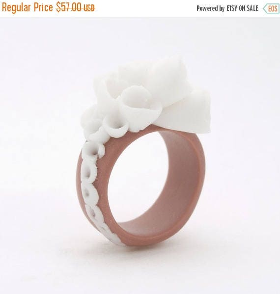 SALE Flower Statement Cocktail Ring , Coral Brown White Porcelain  - Champs Elysees ,  Porcelain Bold Cocktail Ring, Statement Jewelry