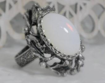 Moonstone Ring - Wiccan Jewelry - Pagan Jewelry - Wicca Jewelry - Goddess Jewelry - Witch - Witchcraft - Metaphysical - Magic Wiccan Ring