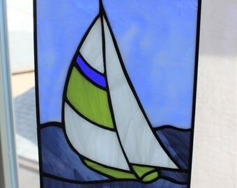 STAINED GLASS SAILBOAT-Small Suncatcher, Blue Green Sailboat, Window Panel Decoration, Gift for Dad, Under 40 Gift, Stained Glass Window