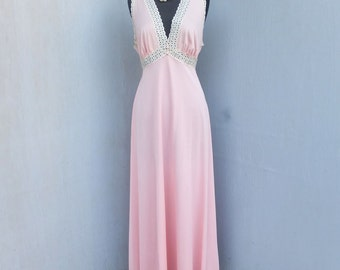 Vintage Vanity Fair, Nightgown, Glamorous Full Length Nightgown, Pink Lingerie,  Size 38