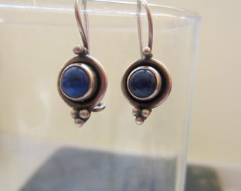 Sterling Silver 925 Hallmarked Vintage Earrings with Blue Lapis Stone