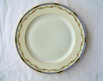 Luncheon Plate-Heinrich & Company-Selb, Bavaria-Art Deco-Bone China-Listing is for ONE (1) With SIX Plates Available