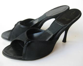 Vintage 50s Black Peep Toe Spring-o-lator High Heel Mules Shoes size 8.5 B