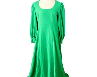 Vintage 70s Kelly Grass Green Renaissance Dress // Women Medium Large Full Length // mod, vibrant