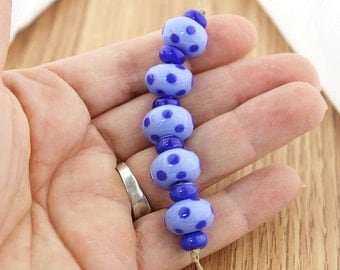 Sheribeads Glass Beads  5 Blue Polka Dot Rondels with 6 Cobalt Mini Spacers