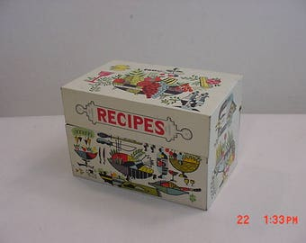 Vintage Metal Recipe Box  17 - 702
