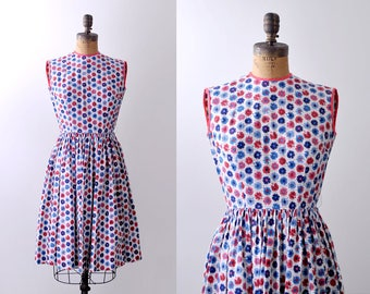 1950's He Loves Me Dress. XS. 50's floral print. novelty. red white blue cotton.