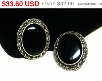 Sterling Silver Pierced Earrings - Black Oval & Marcasite - Signed Studs TH 925 Vintage Jewelry