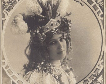 Luz Chavita, Belle Epoque Music Hall Performer by Reutlinger of Paris, circa 1900