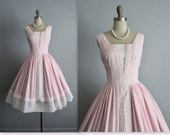 50's Dress // Vintage 1950's Pink White Checked Cotton Lace Garden Party Cupcake Summer Dress XS