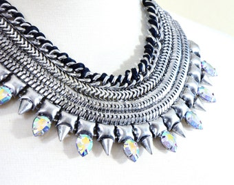 Free shipping - Amill Necklace