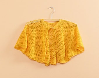 Yellow Cape • Crochet Cape • 70s Top • Boho Crochet Capelet • Crochet Top • Lace Cape • Vintage Cape • Crochet Blouse • Yellow Top | T319