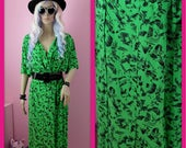Vintage 1980s Green and Black Truly Outrageous Geometric Shapes Pin Up Dress