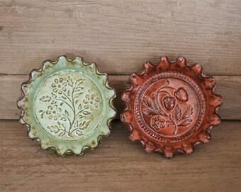 Rustic Folk Art Dish Duo - Flowers & Berries
