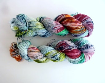 "Hand dyed merino blend sock yarn - Speckled 4 ply fingering, Sock&Roll base - Colourway ""Amazonas"""