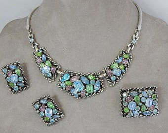 Vintage Signed BARCLAY Multi Color Necklace/Brooch & Earrings Set    OAE55