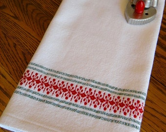 Christmas Tea Towel, Christmas Kitchen Towel, Holiday Handwoven Towel, Hostess Gift, Woven Hand Towel, Guest Towel, Red and Green, Weaving