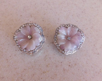 Attractive Floral KENNETH LANE Comfortable Clip On Earrings - Pale Lavendar Plastic Leaves, Clear Rhinestones