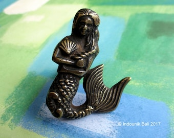 Mermaid With Shells and Seahorse Cabinet Door Handle or Knob Solid Brass 6cm
