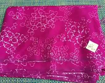 """1970 Purple Pink with White Flower Print Polyester Fabric by Klopman Mills 44"""" w PRICE PER YARD- polyester fabric,purple print polyester"""