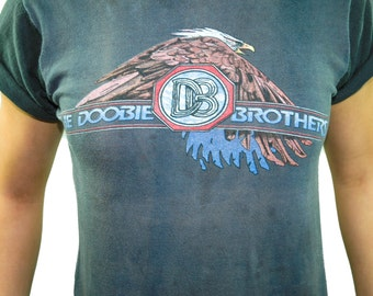 Vintage Doobie Brothers Shirt 1979 Tour Concert shirt Band Tee Vintage Fashion 1970s Tee 1970s Shirt 70s Tee 70s shirt Vintage Tee Rocker S