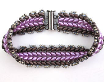 Purple chevron beadwork bracelet, Czech glass woven beaded bracelet in lilac and eggplant with gunmetal silver magnetic clasp