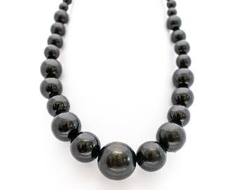 Wooden beads Ultraelegant retro necklace black