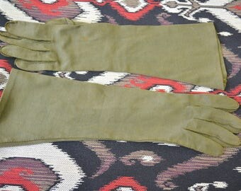 1950s Wear Right Olive Green Cotton Gloves