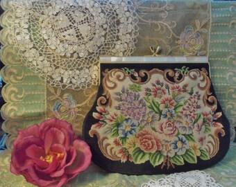 Vintage Handbag   Floral Tapestry