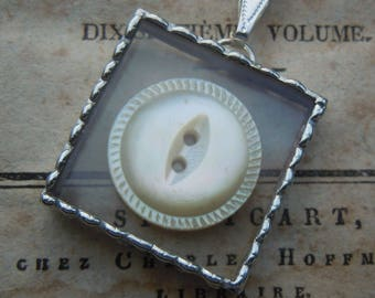 Fiona & The Fig - Vintage Mother of Pearl Button - Necklace - Pendant - Jewelry