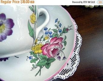Bone China Teacup, Marlborough Sprays Tea Cup and Saucer - Vintage Porcelain Teacups 10834