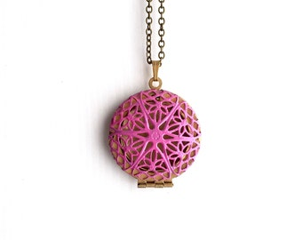 The 'Paige' Locket in Flamingo Pink 0217-0028