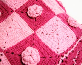 Vintage Crocheted Granny Square Afghan Throw in Shades of Pink and Deep Rose ... Applied Crochet Flowers, Scalloped Edges, Cottage Chic