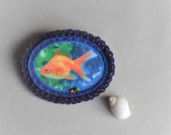 goldfish pin brooch - blue felt brooch with goldfish - fun goldfish felt brooch - gift for her - fish lover gift - goldfish lover gift
