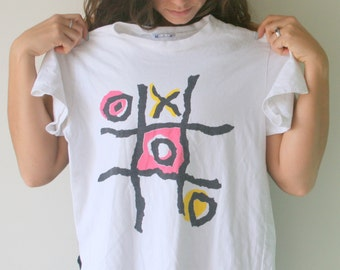 Vintage TIC TAC TOE XoXo Tshirt...one size. free size. retro tee. rad. 80s. 90s. ladies. comical. funny shirt. hipster tee.