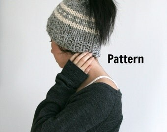 Ponytail/Messy Bun Heart Hat Knit Pattern. Instant download