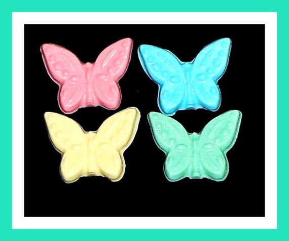 24 Butterfly Soap Favors,Baby Shower Favors,Birthday Party Favors,Personalized Button Pin,Bug Favors,Kid Soap,Party Favors,Kid Favors