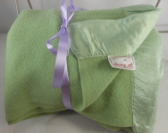 Special Price ST MARY Wool Blanket Nice Old Green 1940s