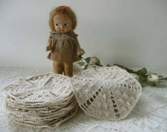 Lot Of 25 Vintage Off-White Hand Crocheted Pieces Or Doilies To Use For Crafting