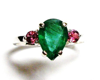 "Genuine emerald, genuine emerald ring, emerald accent ring, 3 stone ring, green pink, anniversary, birthstone ring, s 6 3/4 ""Maui Maui"""